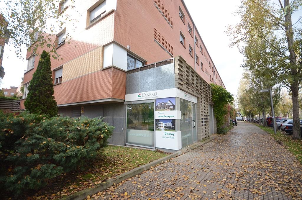 Oficina canexel en barcelona decoraci n exterior for Exterior oficinas