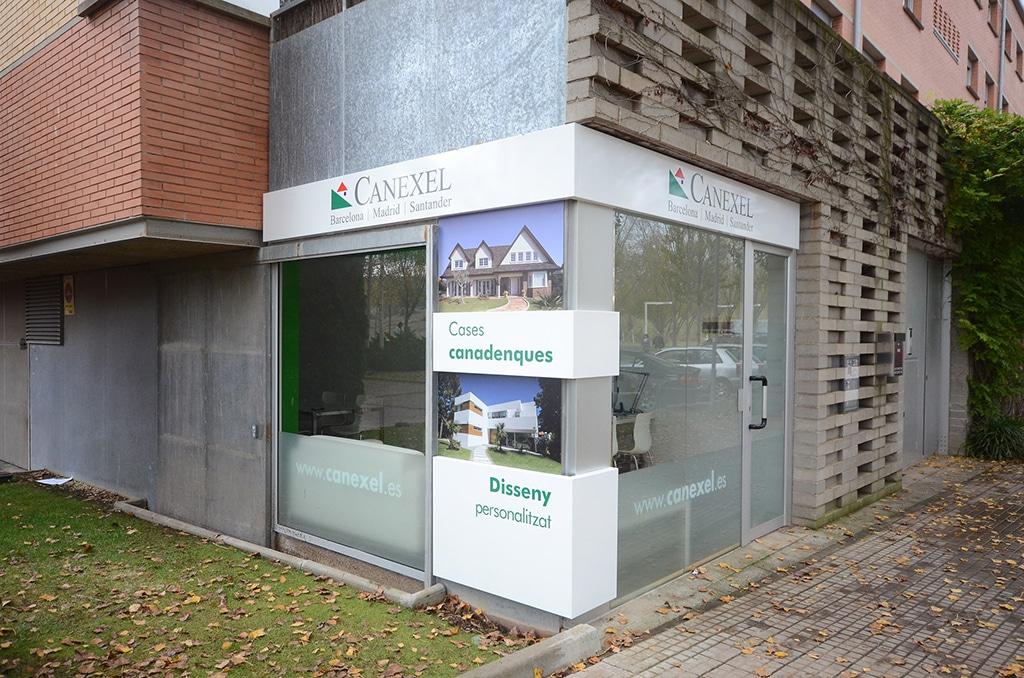 Oficina construccion obra in barcelona hd 1080p 4k foto for Oficina correos barcelona
