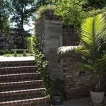 escaleras jardin casa de lady-gaga