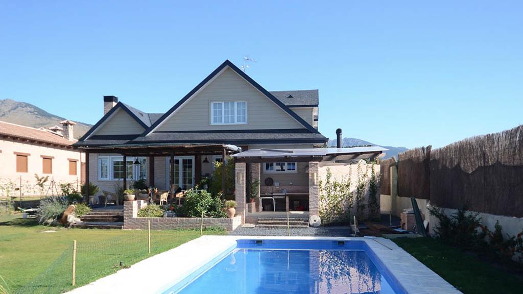 Casa archie fotos y plano distribuci n for Casas modernas en madrid