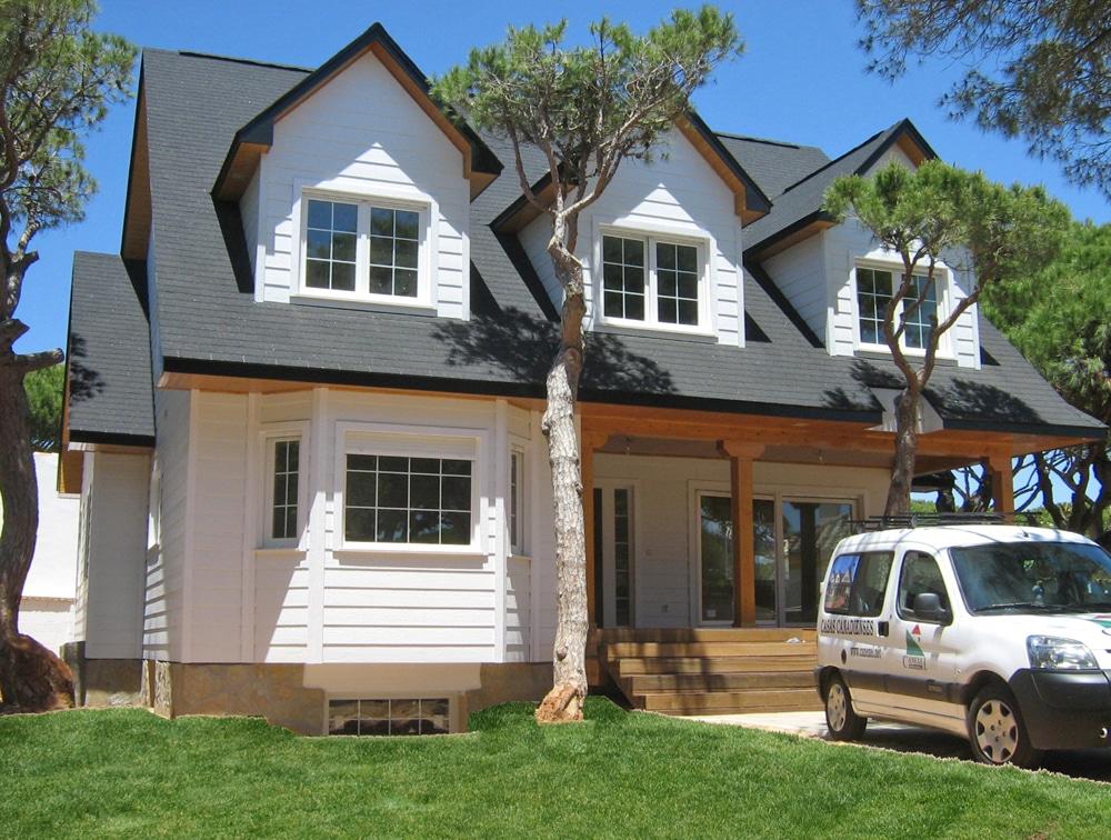 Casa grandby canexel for Casas americanas de madera