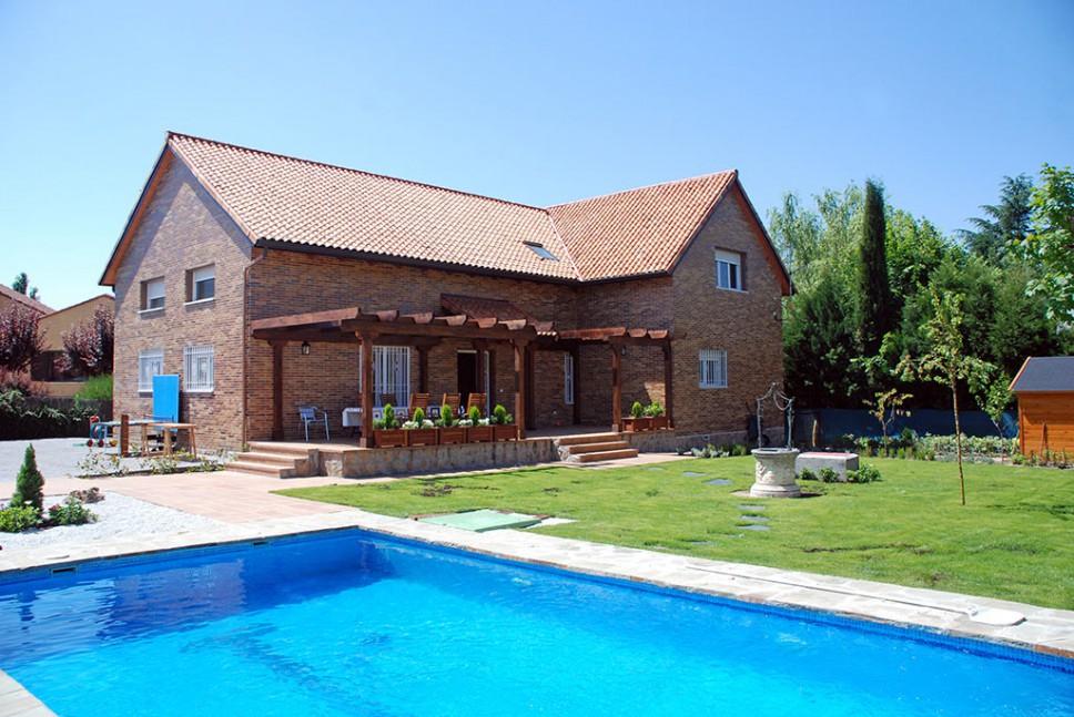 Casa alberta estructura madera con ladrillo - Casas americanas en espana ...