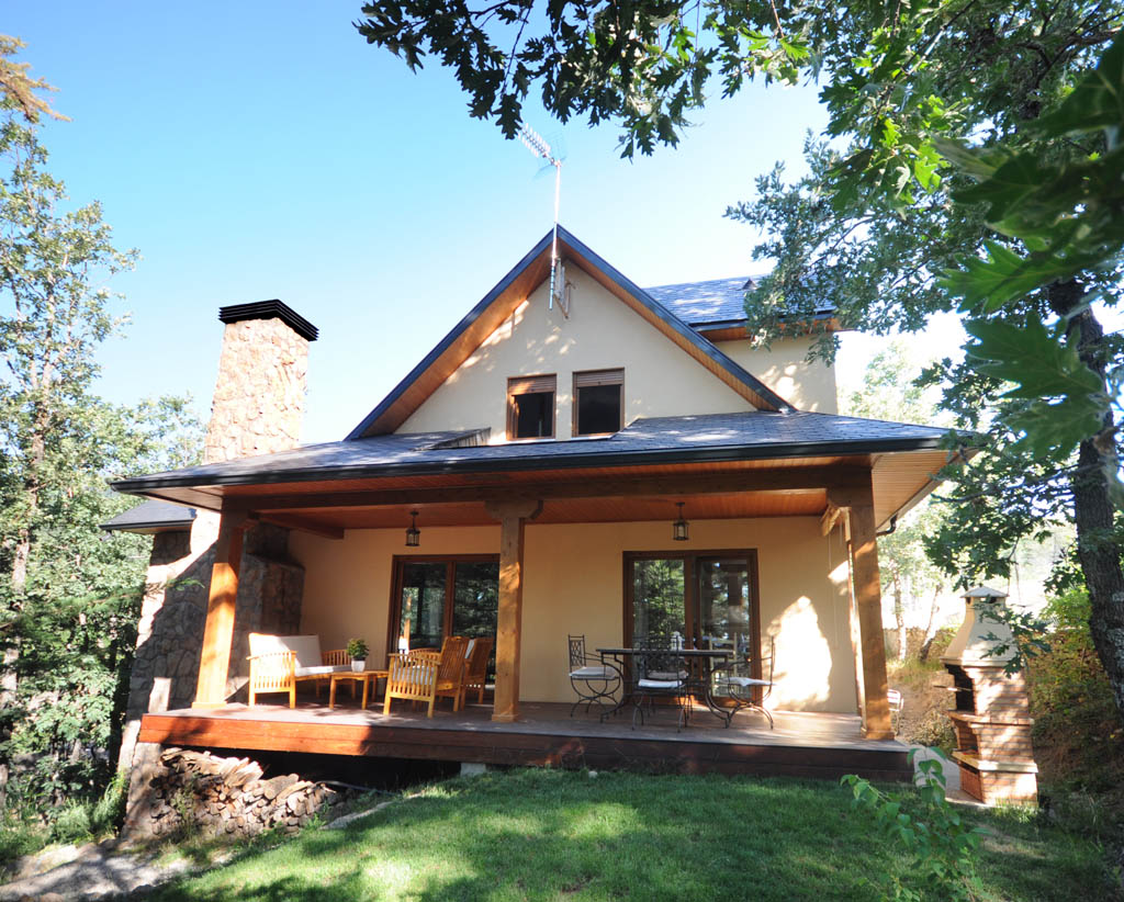 Casa salbary canexel for Casas de campo de madera