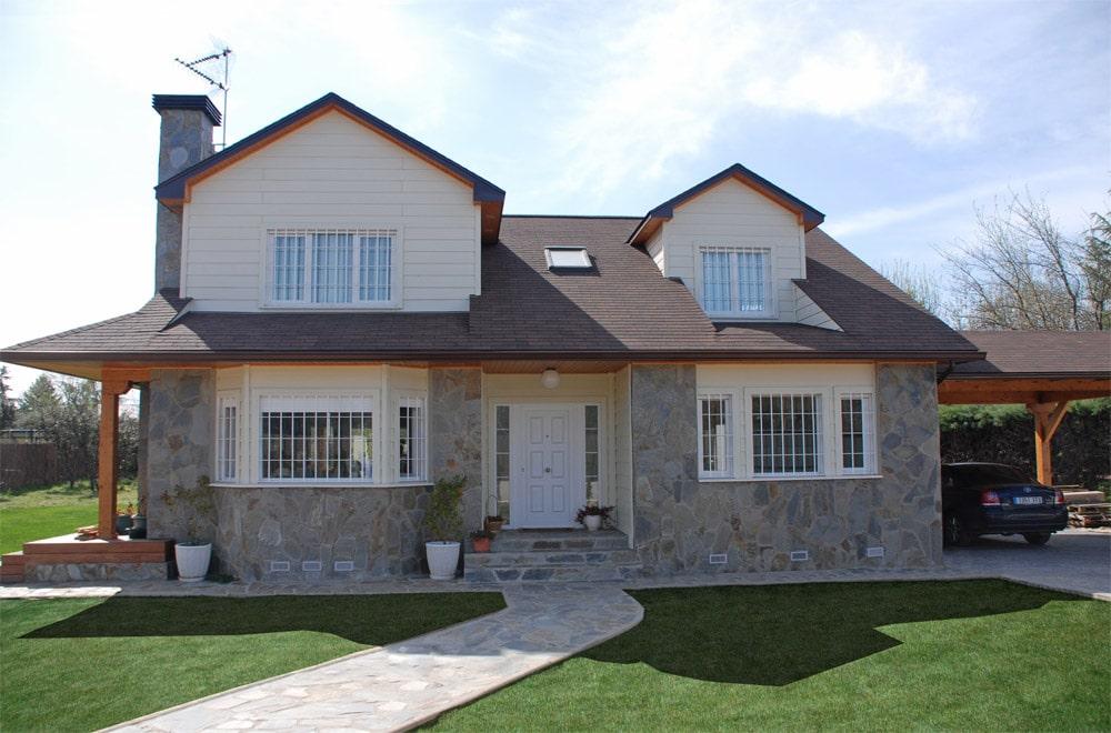 Casa winisk canexel - Chalet de madera y piedra ...