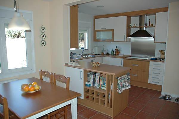 Casa yukon canexel for Planos de cocina americana
