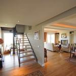 interior-casa-de-madera