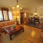 salon-casa-madera