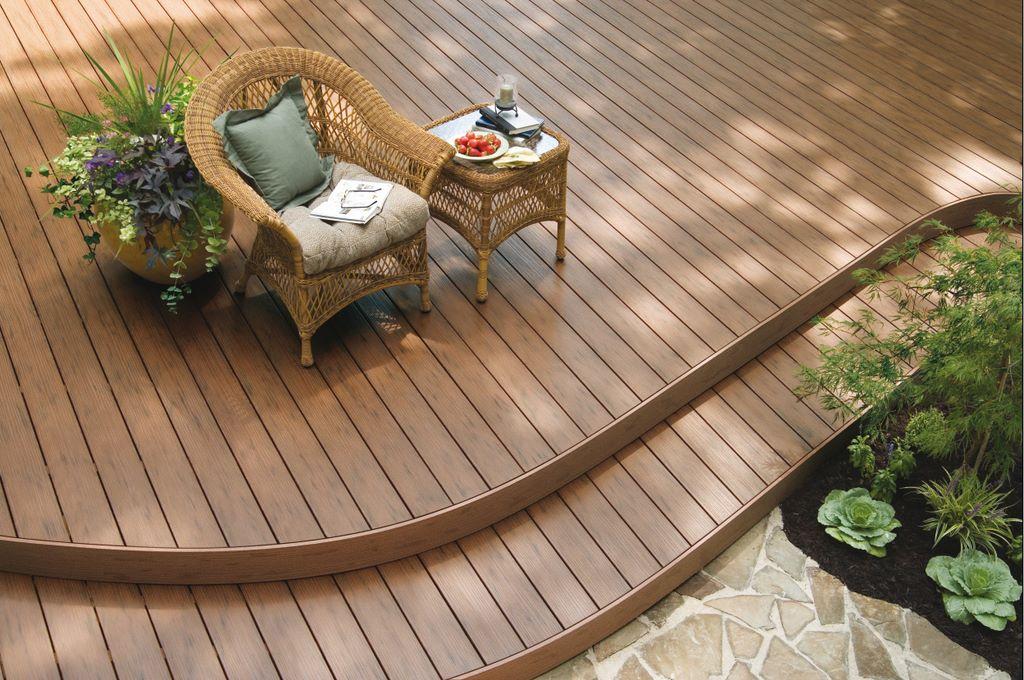 Exteriorismo con madera for Tarimas de madera para jardin