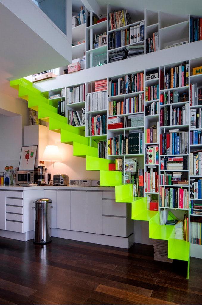 Ideas para aprovechar el espacio del bajo escalera canexel for Cocinas debajo de las escaleras