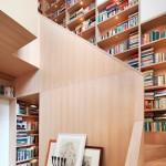 libreria bajo escalera