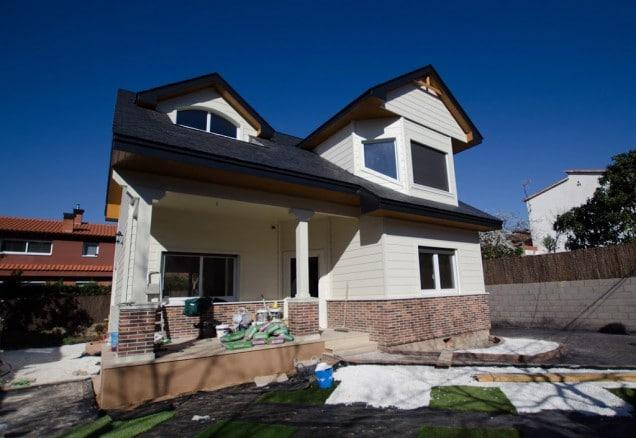Openhouse canexel casas de madera for Canexel construcciones