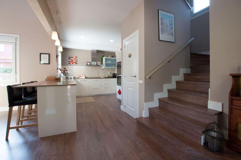 Casa americana christina lake - Casas con escaleras interiores ...