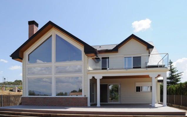 Nueva casa de madera broadback dise o y construcci n por - Canexel casas de madera ...