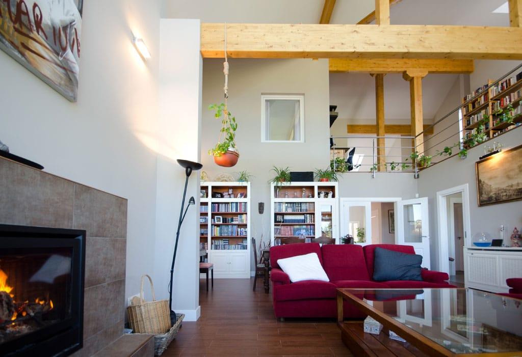 Casa de madera broadback   diseñada y construido por canexel