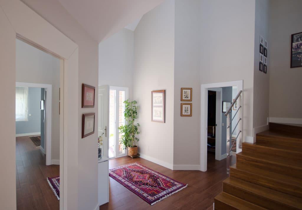 El recibidor la primera impresi n de una casa canexel - Recibidores de casas modernas ...