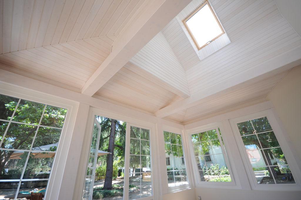 Reformas y ampliaciones por canexel construcciones for Friso madera blanco