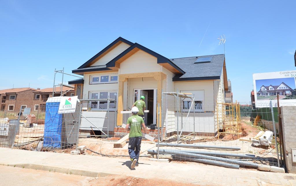 Casa adosada de madera en madrid proceso constructivo canexel - Casas de canexel ...