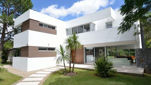 Casas modernas canexel arquitectura y vanguardia - Tipos de tejados para casas ...