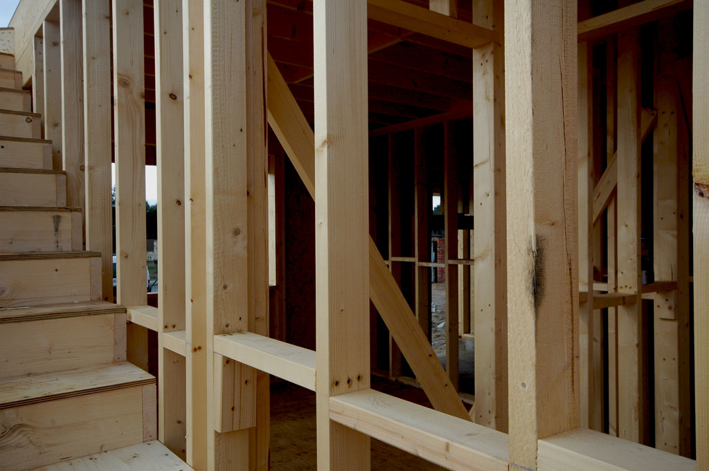 Montaje de estructura. Casa de madera en Valdemorillo - Canexel