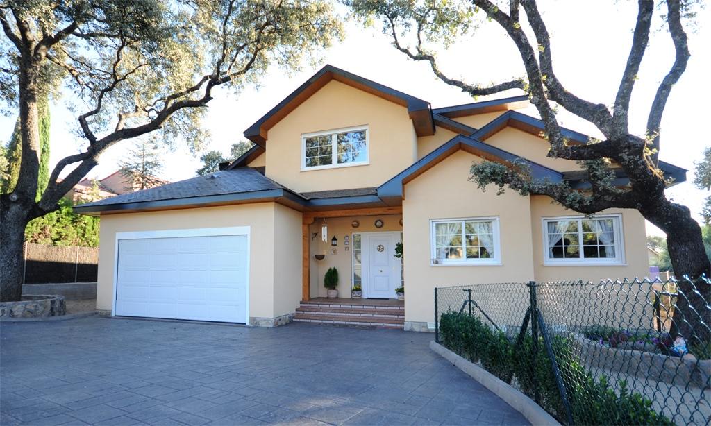 Casa yellowknife canexel for Fachadas de casas americanas