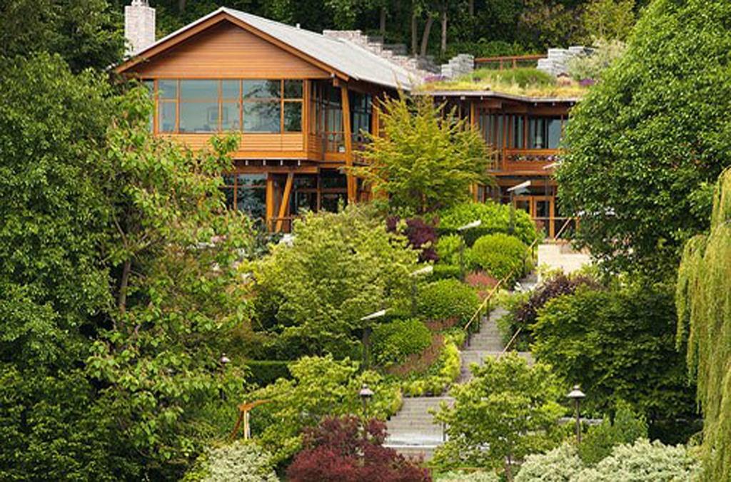 La casa de madera de bill gates canexel casas de madera - Casas de madera lujo ...