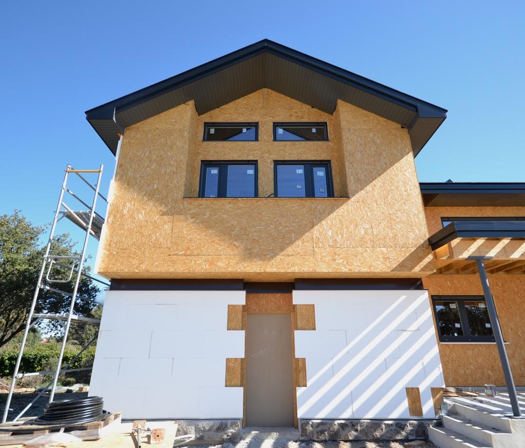 Instalaci n de sate en casa de madera casas de madera - Canexel casas de madera ...