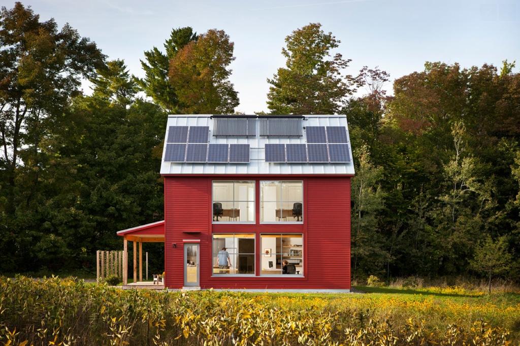 Casa pasiva con placas solares