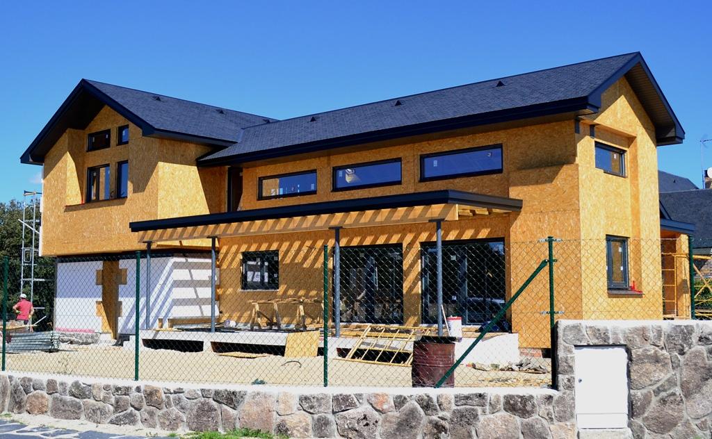 Instalaci n de sate en casa de madera casas de madera for Casas canadienses