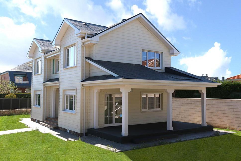 Regina house casa de madera canexel for Casas de madera canadienses