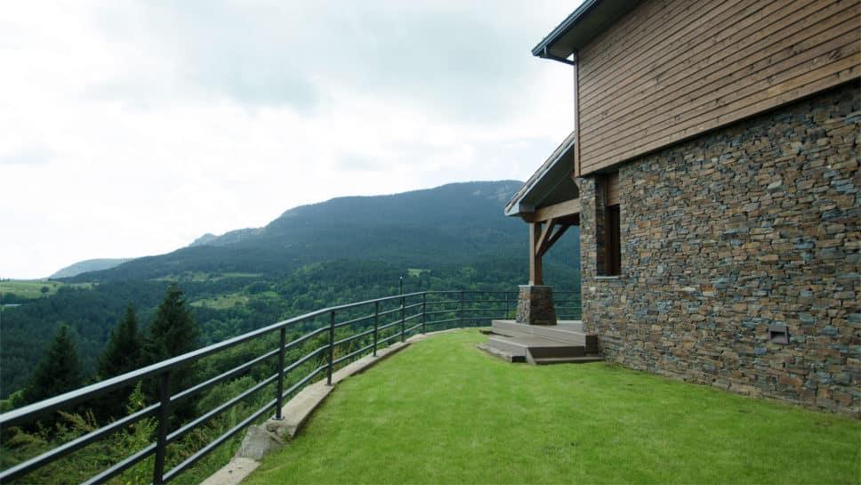 casa con vistas pirineos
