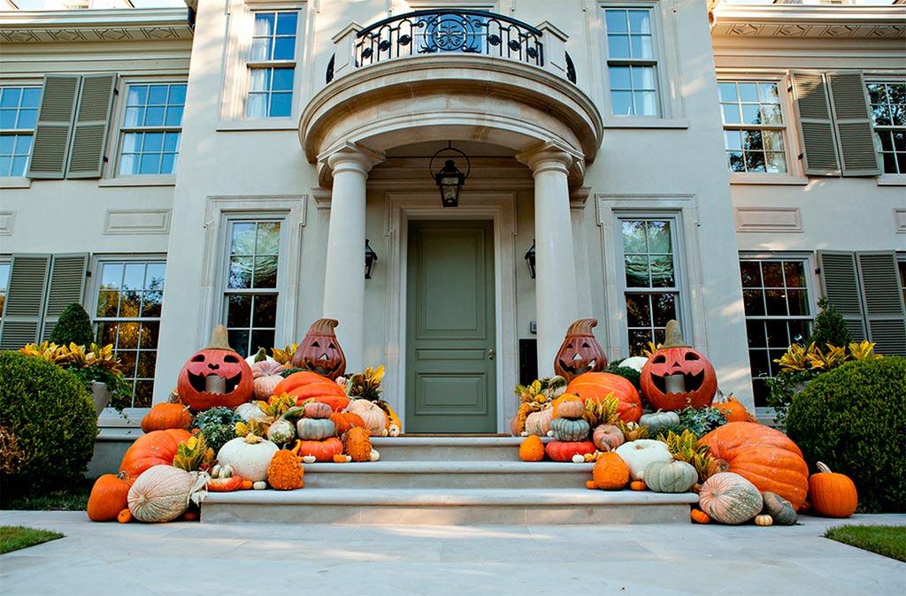 Casas americanas en halloween canexel for Decoracion exterior de casas