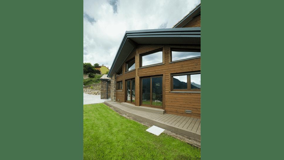 ventanal vivienda rústica