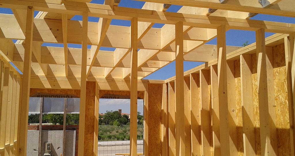 Montaje fotogr fico de construcci n de vivienda canexel - Tabiques de madera ...