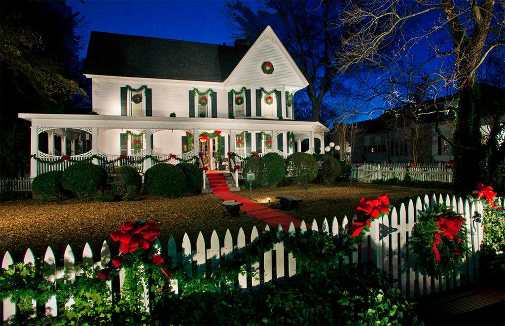 Casas americanas en navidad canexel casas de madera - Decoracion casas americanas ...