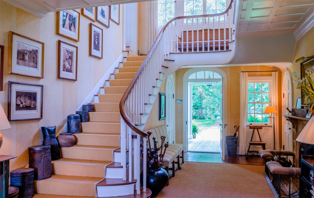 Casa de lujo en los hamptons canexel for Escaleras de casas de lujo