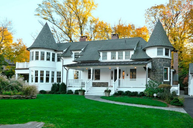 Casas americanas canexel construcciones casas de madera for Casas americanas de madera