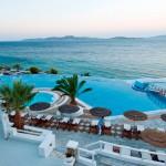 piscina infinita hotel