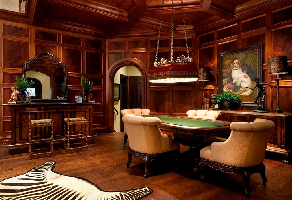 Una Sala De P 243 Ker En Casa Canexel