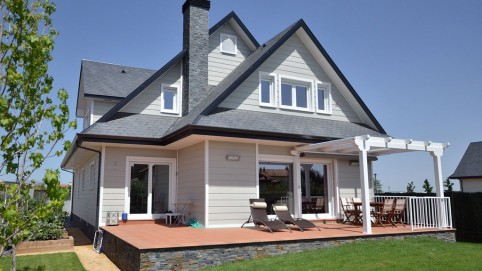 Casa de madera en collado villalba canexel - Casas americanas en espana ...