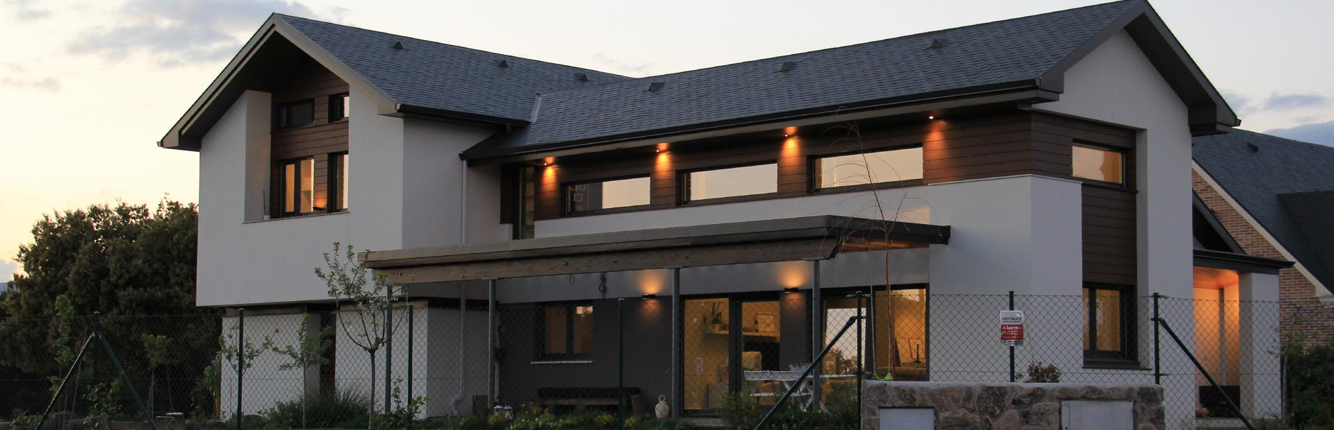 Casa construida por canexel