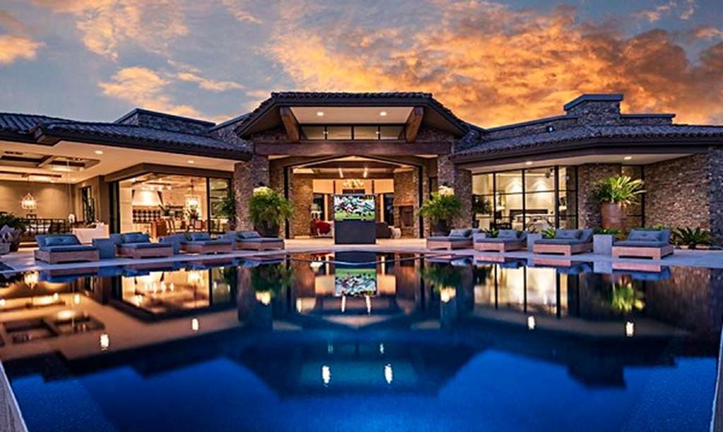 casa de lujo en el desierto