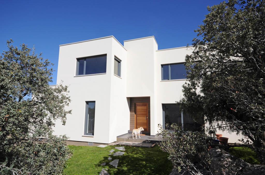 casa moderna con cubierta plana