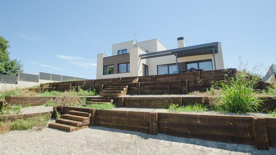 casa moderna en girona