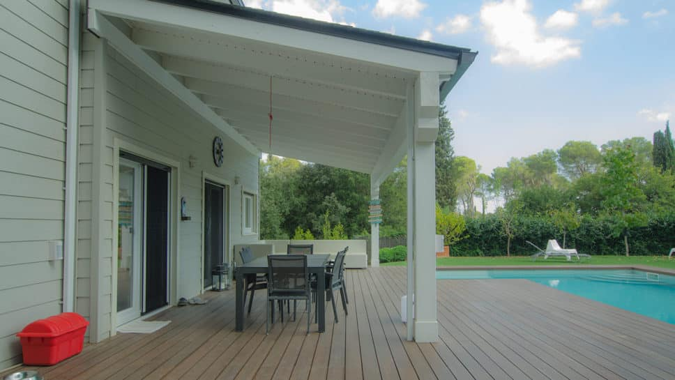 porche deck piscina