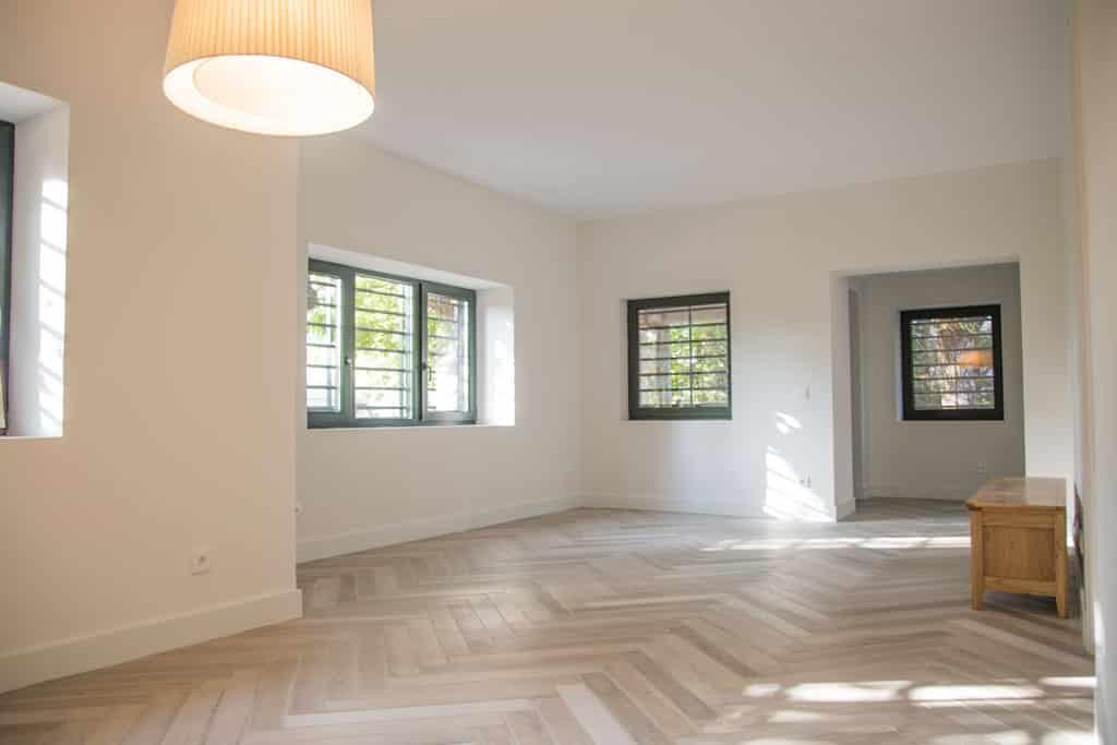 suelo radiante con gres imitación madera