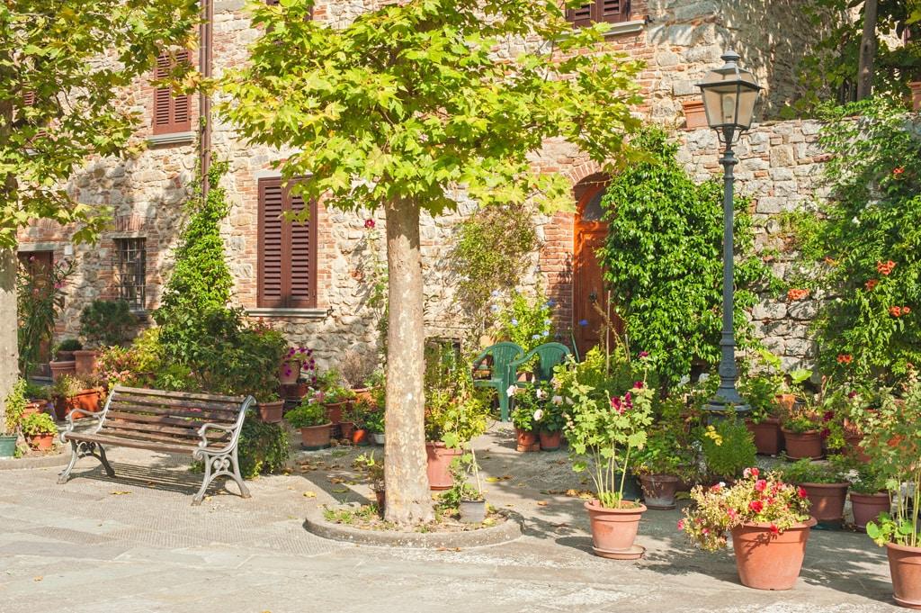 casa toscana rojiza