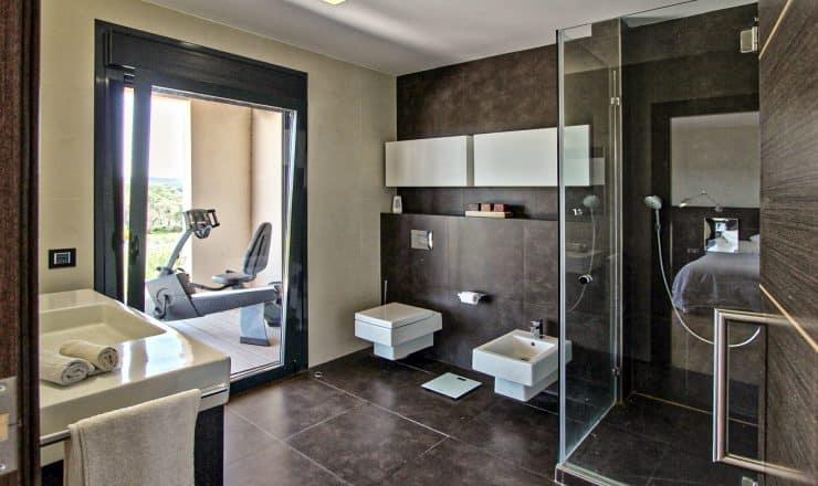 baño-casa-moderna-unifamiliar-constructora-canexel-extremadura