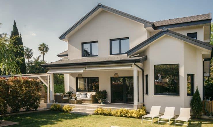 exterior-casa-a-medida-canexel-constructora-barcelona